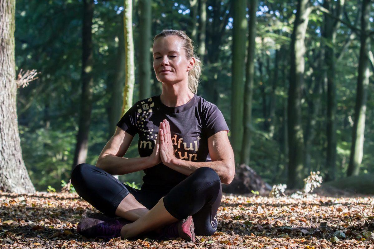 Mindful Run cursus yoga oefening Park Clingendael praktijk Puur & Krachtig Den Haag - Wassenaar massage, beweging en bewustwording